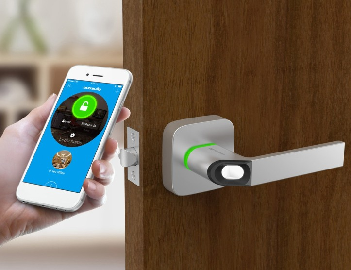 Ultraloq-Fingerprint-Smart-Lock-05.jpg