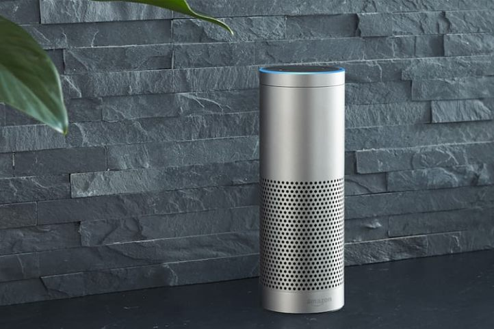 amazon-echo-plus-silver-kueche