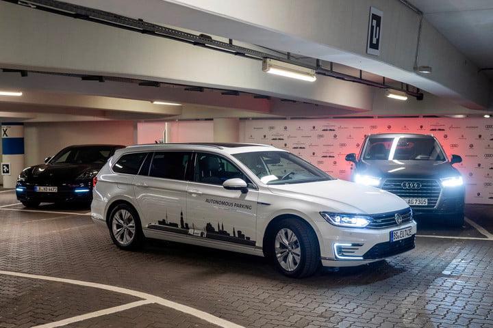 VW-autonomous-parking.jpg